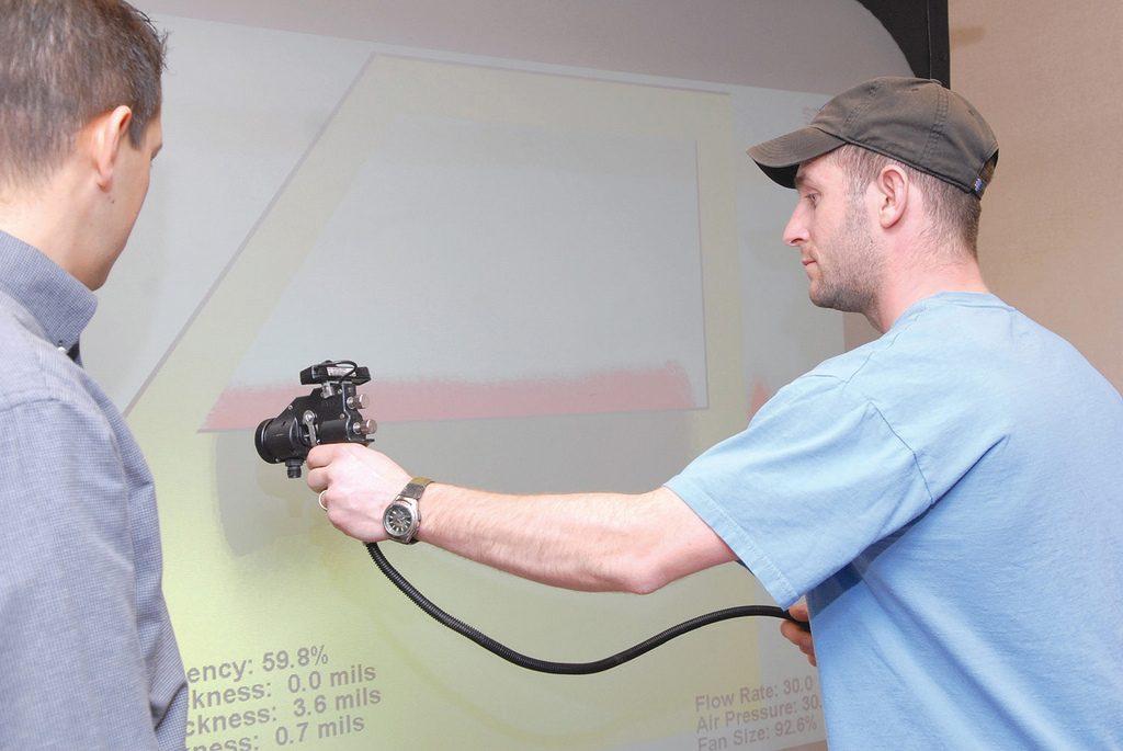 Herramientas para pintar un piso